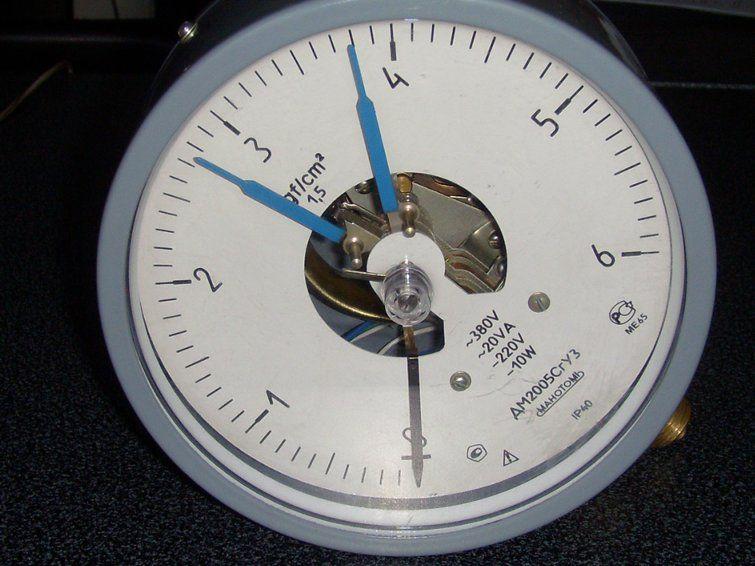 Контрольно-измерительные приборы, манометры, регуляторы