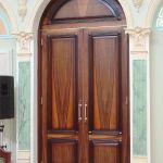 Элитная деревянная мебель,входные и межкомнатные двери под заказ